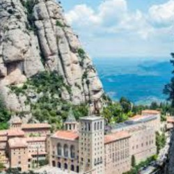 EARLY TOUR MONTSERRAT & SANTA CECILIA CHURCH WITH BRUNCH SMALL GROUP - ENGLISH ONLY