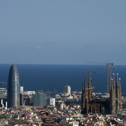 Barcelona tour by train AVE (full day)
