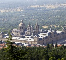 Escorial monastery & Valley's Basilic tour (half day - 5 hours)